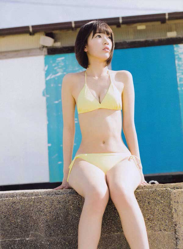 skinny Japanese idol
