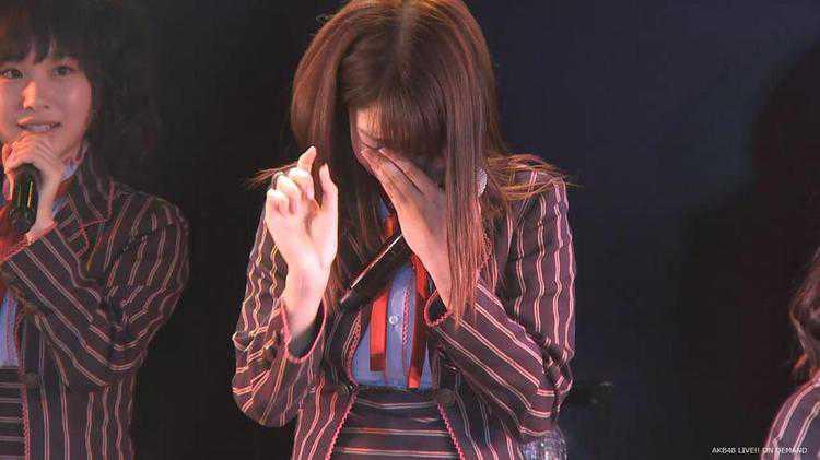 Kashiwagi Yuki crying