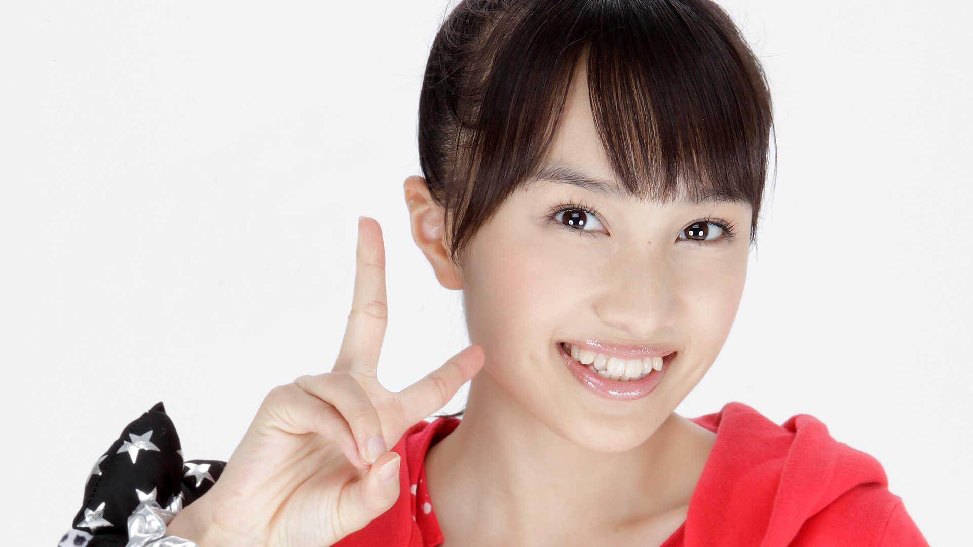 Momota Kanako,百田夏菜子 (Momoiro Clover)