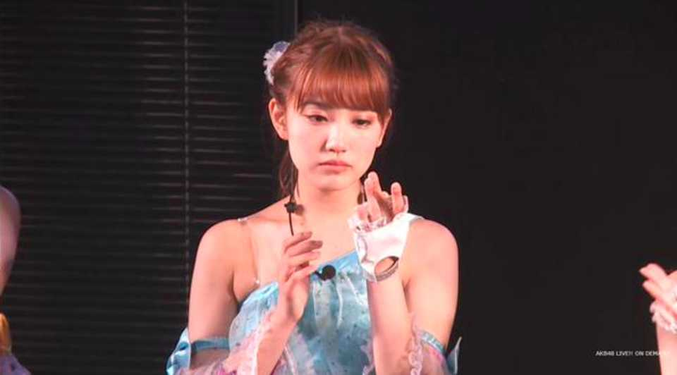 kobayashi marina graduation 01