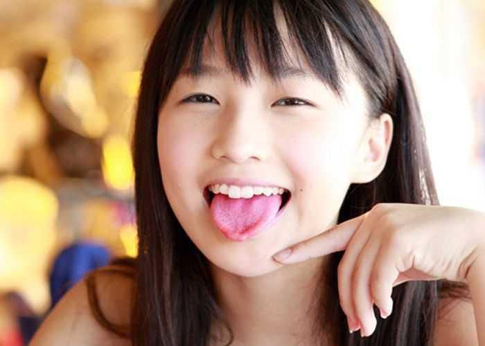 Riho Sayashi (Morning Musume)