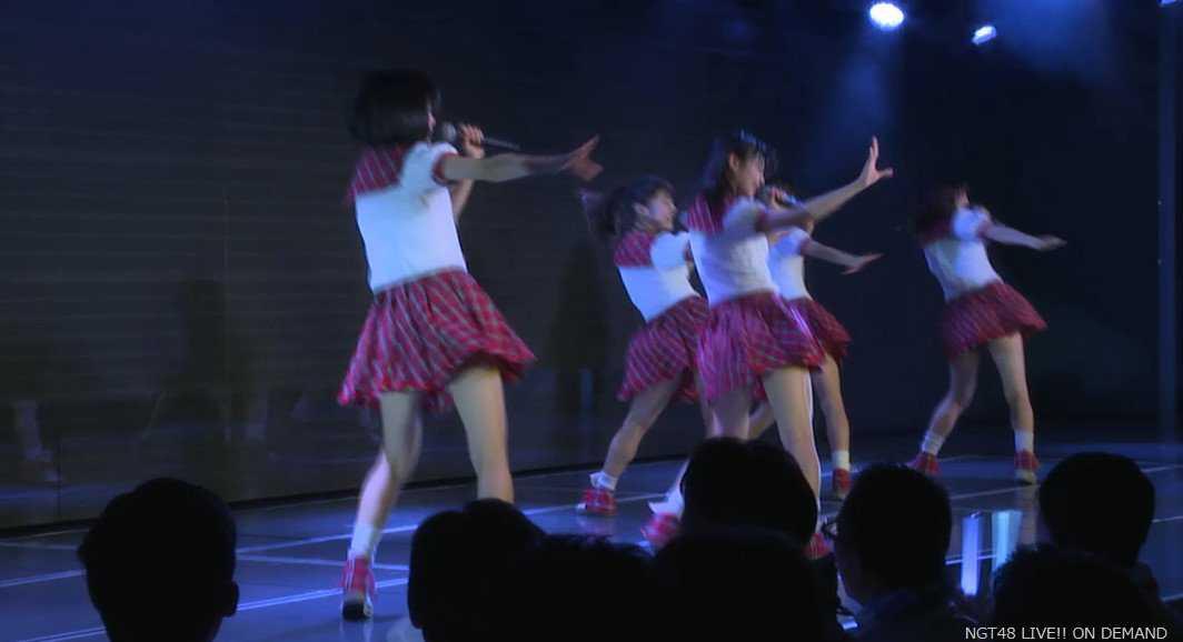 NGT48 Skirt Hirari スカート、ひらり -002