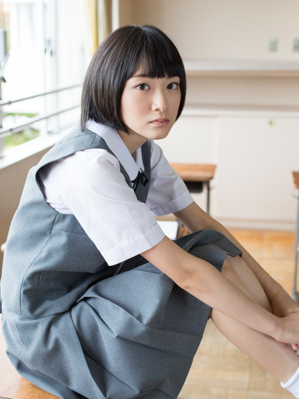 ikoma rina kimi no ashiato 生駒里奈の写真集「君の足跡」-02