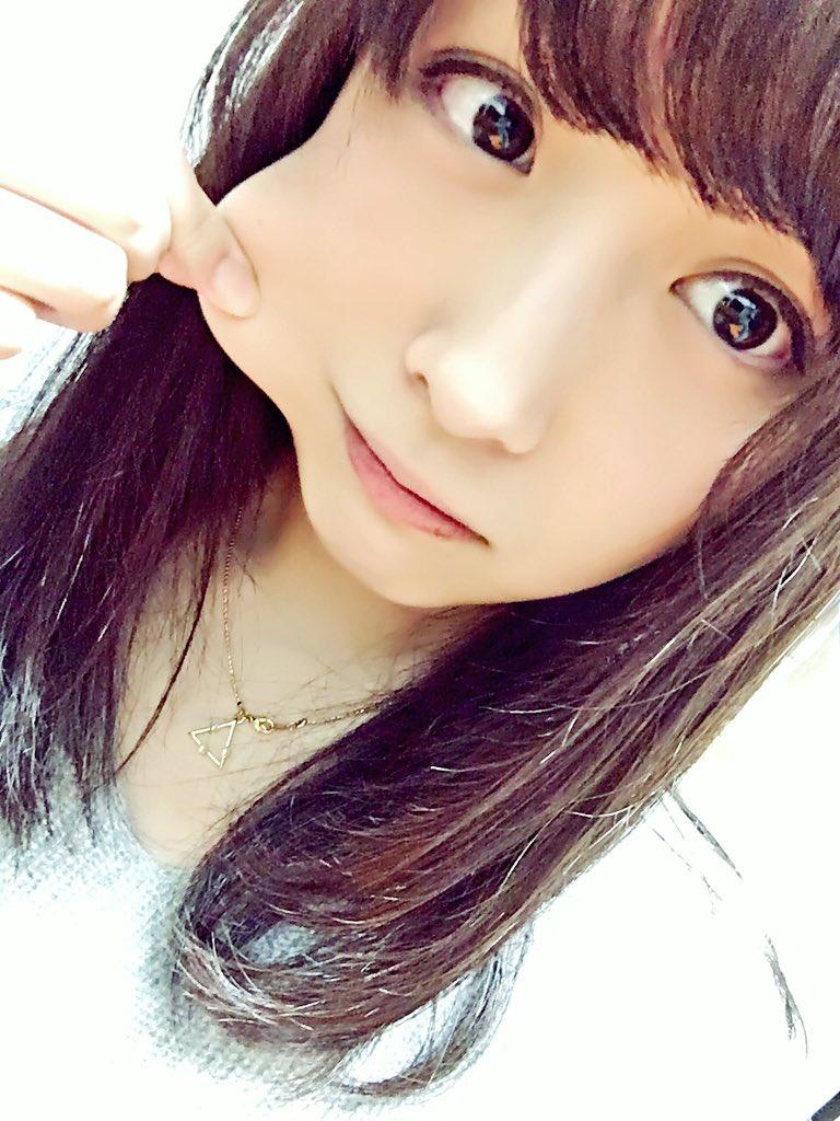 kamata natsuki stretched face 2