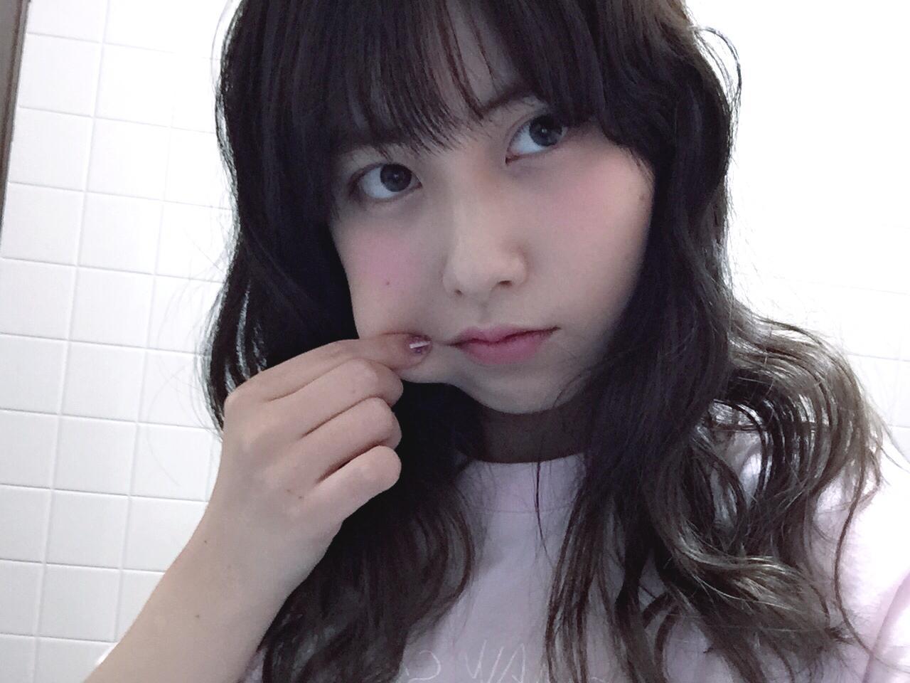 koishi kumiko stretched face